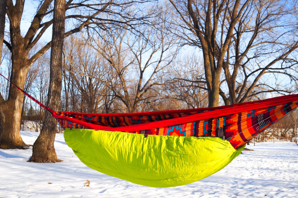 ENO underquilt hammock insulation to stay warm winter hammock camping