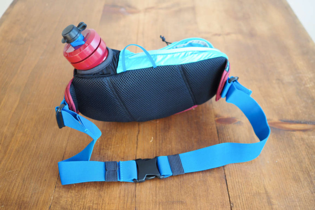 CamelbakPodium Flow Belt fanny pack from the back